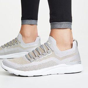 APL TechLoom Breeze Sneakers Metallic Silver 6.5